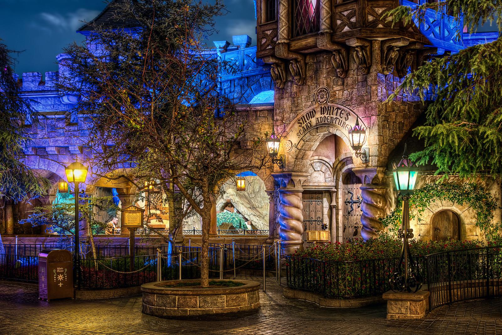 Snow White's Scary Adventures Disneyland