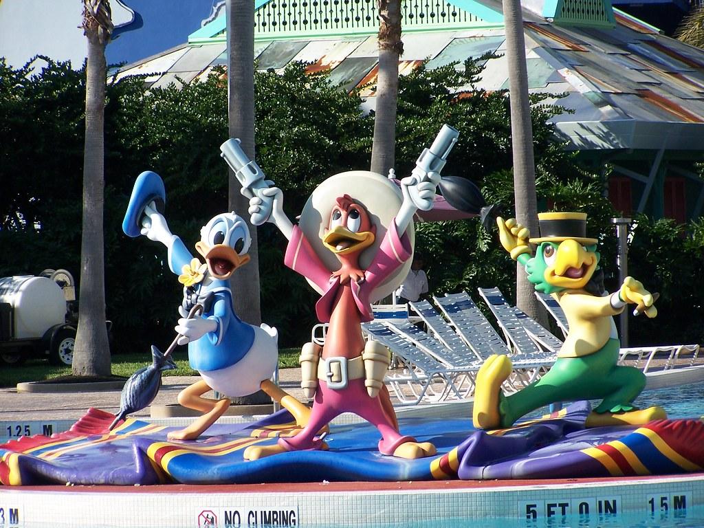 The Three Cabelleros All-Star Music Resort Pool